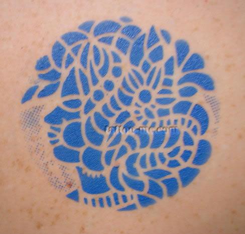 Tattoo-Me Airbrush temporary tattoo