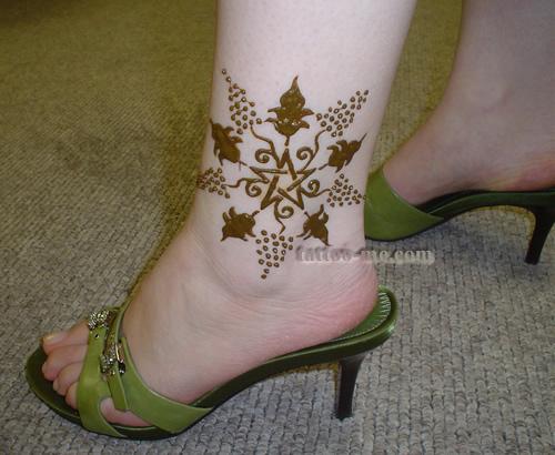 Mehndi Ankle Images : Flower ankle henna tattoo me