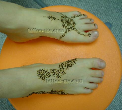 Bridal henna on feet with lotus flower vines and leaves tattoo me mightylinksfo